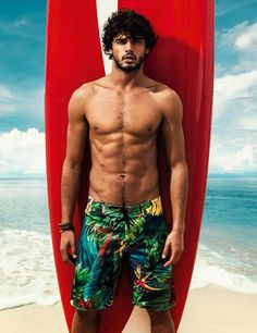 marlon-teixeira-shirtless-bathing-suit