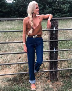 Country Fashion, Country Outfits, Country Chic, Western Outfits Women, Cowgirl Outfits, Modern Outfits, Cool Outfits, Fashion Outfits, Fall Winter Outfits