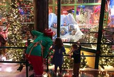 Thinking of visiting Macy's Santaland? Read our insider parent tips for taking kids on this holiday tradition.