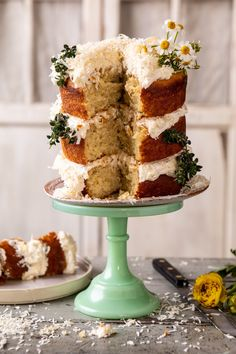 Recipe: lemon coconut naked cake with whipped vanilla buttercream Funnel Cakes, Cupcakes, Cupcake Cakes, Sorbet, Biscotti, Dessert Crepes, Garden Cakes, Cakes Today, Spring Cake