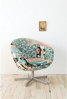 Patchwork sky chair........wonder if my mom still has that old one of hers?? would love to take it and cover it this way!!
