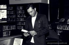 Shared by Ed Westwick Station. Find images and videos about Hot, books and gossip girl on We Heart It - the app to get lost in what you love. I'm Chuck Bass, Ed Westwick, Gossip Girl, Find Image, We Heart It, Fictional Characters, Gossip Girls, Fantasy Characters