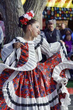 Traditional Mexican Dance | traditional mexican dance | Flickr - Photo Sharing!