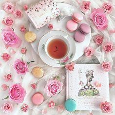 ・ This is my favorite tea named Marie-Antoinette. ・ Have a lovely weekend my IG friends. ・ ・ 私のお気に入りの紅茶マリー・アントワネットです。 ・ ステキな週末をお過ごし下さい。 ・ ・ ・ #laduree #ladureejapan #meissen #teaandseasons #9vaga_shabbysoft9 #flatlaytoday #jj_still_life #stilllifegallery #fabulous_shots #click_vision #naughtyteas #inspiredbypetals #花のある生活 #loveliest4 #floral_faffery #mystory_shots #tv_neatly #pocket_creative #stillife_perfection #instagramjapan #今週もいただきます #tv_stilllife #creativeflatlays #supe...