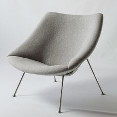 For sale: Oyster lounge chair by Pierre Paulin for Artifort Home Decor Furniture, Furniture Design, Furniture Ideas, Pierre Paulin, Oysters, Vintage Designs, Lounge, Lifestyle, Armchairs