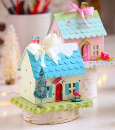 Brenda Walton Country Cottage die for Sizzix Box Houses, Putz Houses, Paper Houses, Christmas Gift Decorations, Holiday Centerpieces, Handmade Decorations, Christmas Home, Christmas Crafts, Christmas Glitter