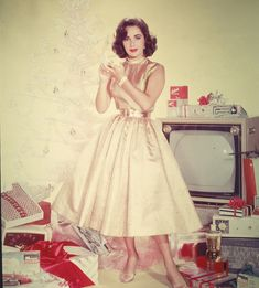 Elizabeth Taylor and white Christmas tree