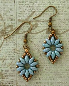 "Linda's Crafty Inspirations: Earrings to go with the ""Mystery SuperDuo Bracelet""--SUPERDUO FLOWER CHAIN EARRINGS 11/0 seed beads Miyuki ""Dark Bronze"" (11-457D) 8/0 seed beads Miyuki ""Dark Bronze"" (8-457D) SuperDuo beads ""Blue Luster""--Free instructions"