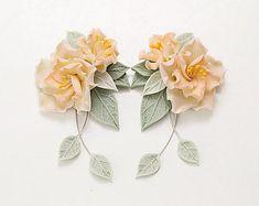 Ivory flowers Earrings. Floral jewelry. Yellow flower earrings. Polymer clay jewelry. Romantic Wedding Earrings Bridesmaid gift. Summer