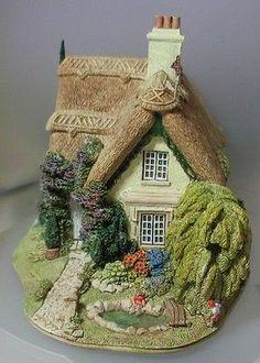 Clay Fairy House, Fairy Garden Houses, Clay Houses, Ceramic Houses, Miniature Crafts, Miniature Houses, Fairytale House, Halloween Miniatures, House Cake