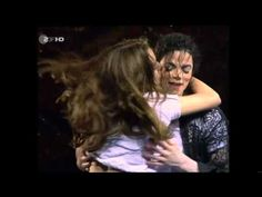 Michael Jackson - You Are Not Alone Live Munich '97 - Girl from Audience