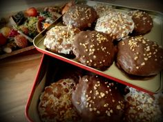 Das perfekte Lebkuchen Nürnberger Art mit dem Thermomix-Rezept mit einfacher Schritt-für-Schritt-Anleitung: Mandeln, Zitronat, Orangeat und Rosinen im…