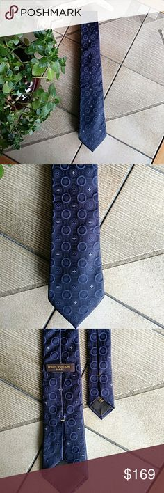LOUIS VUITTON silk tie - Italy LOUIS VUITTON 100% silk tie. Made in Italy. Blue, pewter, gold. Louis Vuitton Accessories Ties