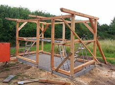 DIY garden house build yourself With the finished framework is the basic structure. (© Hendrik Jabs) - All For Garden Outdoor Garden Bench, Outdoor Sheds, Outdoor Gardens, Garden Bar, Garden Table, Home And Garden, Diy Sliding Door, Garden Shower, Backyard Sheds
