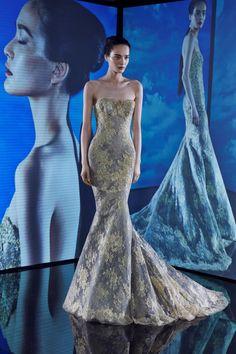 Ines Di Santo Fall 2015 Eveningwear. www.theweddingnotebook.com