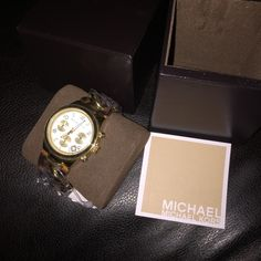 NWT MICHAEL KORS WATCH Authentic Michael kors watch new with tag never used all links are still attached. Michael Kors Accessories Watches