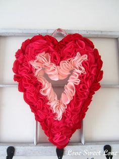 Valentines Felt wreath inspiration