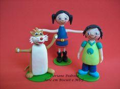 O Show da Luna, é uma série de animação divertida e educativa. Topo  todo confeccionado em Biscuit, a menina Luna, seu irmãozinho Júpiter e Cláudio, o furão de estimação.