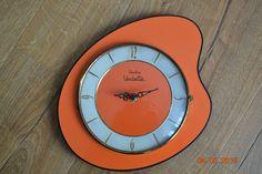 Horloge pendule FORMICA orange VEDETTE VINTAGE 50 60's 70's | eBay Orange, Clock, Wall, Boutique, Decor, Ebay, Ideas, Showgirls, Vintage Homes
