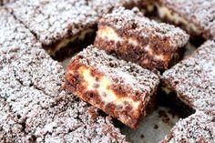 Alltså, att baka i långpann. Baking Recipes, Cookie Recipes, No Bake Desserts, Dessert Recipes, Good Food, Yummy Food, Swedish Recipes, Bagan, Dessert Bars