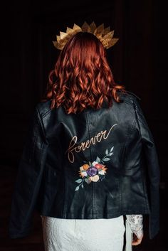 Edgy Wedding Shoot - Image by Marni V Photography - Manchester Hall Edgy Wedding, Luxe Wedding, Wedding Shoot, Wedding Bride, Wedding Ideas, Vintage Bridal Hair, Vintage Headpiece, Painted Leather Jacket, Belle Bridal