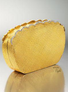 Regilla ⚜ Minaudière du soir Van Cleef & Arpels en or et diamants