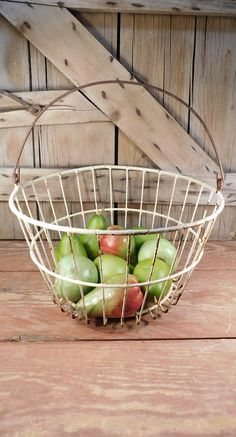 Vintage Metal Egg Gathering Basket, Farmhouse, Wire Basket, Farmhouse Chic, Primitive, Rustic