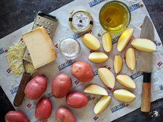 Lohkoperunat - nosta juustolla ja tryffelillä peruna uudelle tasolle - Himahella Dairy, Cheese, Food, Essen, Meals, Yemek, Eten