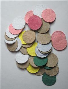 paper pulp from waste paper| rondjes van pulp van papierafval