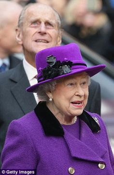 The Queen and Duke observe the surroundings at Southwark Cathedral 21/11/13