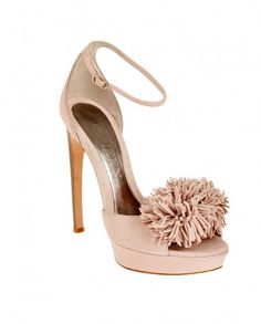 49b9c1d044c1 Alexander McQueen shoe collection for Autumn-Winter