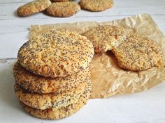 Édes+álom:+ropogós+mákos-citromos+keksz Sorbet, Biscotti, Ale, Yummy Food, Sweets, Cookies, Baking, Recipes, Macaron