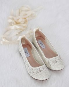 601b583a4079 IVORY LACE round toe flats with BALLERINA lace up - Women Wedding Shoes