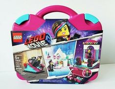★A boxful of creativity! Warning - Choking Hazard - Children Under This toy is not suitable for ages under 3 years. Mattel Shop, Lego Movie 2, Holidays With Kids, Suitcase, Lunch Box, Bucket, Make It Yourself, Toys, Building