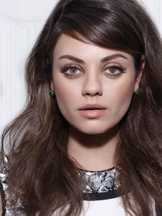 Mila Kunis by Michael Thompson for W Magazine August she's so beautiful! Types Of Faces Shapes, Face Shapes, Mila Kunis Cheveux, Mila Kunis Pregnant, Mila Kunis Photoshoot, Prom Makeup, Hair Makeup, Eye Makeup, Soft Makeup
