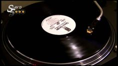 "McFadden & Whitehead - Ain't No Stoppin' Us Now (12"" Mix) (Slayd5000)"