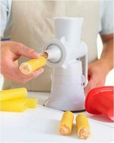 R pida y de f cil uso y limpieza para hacer croquetas galletas etc tupperware tenerife - Maquina para hacer macarrones ...