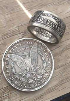 ON SALE!** Coin Rings Handmade from Uncirculated 1921 US Morgan Silver Dollars Silver. Silver Dollar Coin, Morgan Silver Dollar, Silver Coins, Coin Jewelry, Jewelry Rings, Jewellery, Diy Copper Ring, Ring Displays, Coin Ring