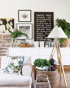 O verão pede decoração fresh! Invista em cores estampas e materiais que fresquem a casa e deixe cada lugar com a sua cara. <3  #decore #summer #decor #designdeinteriores #moblybr #mobly #bedroom #White #inspiration #inspiração #bomdiaa #decoration #decoracao #homedecor #homedesign #design #fresh #summerdecor #decoracaodeverao #coqueiros #quadros