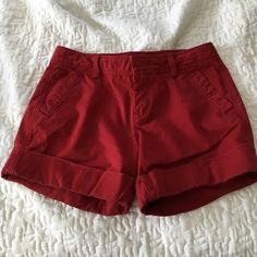 Old Navy, Dark Red, Size 2 shorts Dark red, Old Navy shorts. I bought these without trying them on and they were too small:( but very cute and perfect for summer! They are size 2 and fit so. Old Navy Shorts