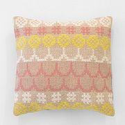 Embroidery Pillow | Karen Barbé | Textileria