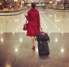 【イギリス】ヴァージン・アトランティック航空 客室乗務員 / Virgin Atlantic Airways cabin crew【UK】 Grace Perry, Virgin Atlantic, Cabin Crew, Shirt Dress, Photo And Video, Instagram, Shirtdress