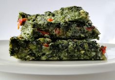 Ingredients: 10 oz frozen package spinach ½ cup all-purpose flour ½ tsp salt ½ tsp baking powder 1 egg ½ cup milk cup butter, melted ½ onion, chopped 1 red pepper, chopped 1 clove garlic ½ cup shredded mozzarella cheese Allergy Free Recipes, Healthy Recipes, Low Carb Keto, Avocado Toast, Spinach, Healthy Eating, Tasty, Favorite Recipes, Lunch