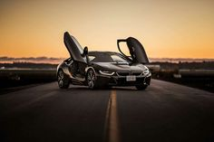 BMW i8 is a plug-in hybrid