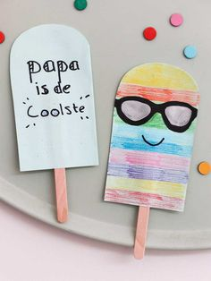 Paper Plate Art, Paper Plate Crafts, Paper Plates, Fathers Day Art, Fathers Day Crafts, Spring Crafts For Kids, Diy For Kids, Kids Toilet, Crayon Crafts