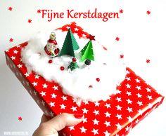 Zelf een kerst cadeau versieren doe je zo | Moodkids Diys, Christmas Ornaments, Holiday Decor, Bricolage, Christmas Jewelry, Do It Yourself, Christmas Decorations, Homemade, Diy