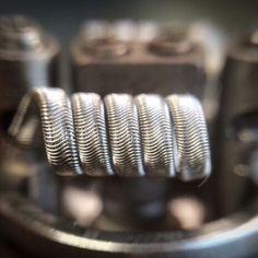 Framed Staple Alien. (8).3 ribbon frame 28g fused 36g. #coilporn #coilsmith #coilarchitect #nichrome80 #aliencoil #framedstaplecoil