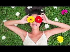 Spring is finally here! Enjoy the sunshine and warm weather with these great English sayings. Snacks For Work, Healthy Work Snacks, Christophe André, Benefits Of Walking, Mal Humor, Enjoy The Sunshine, Learning To Love Yourself, Menstrual Cycle, Beauty Photos