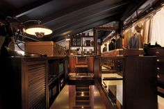 CHATSWORTH BY KRI:EIT ASSOCIATES SINGAPORE PRIVATE LOFT WALK-IN CLOSET FOR MAN OF THE HOUSE KRIEIT by The Mill Singapore, via Flickr