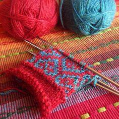 Now the littlest dude wants Mittens! Good thing the Holiday K its version of @interweavecraft has the Latvian Mitten family #littlenutmegproductions #meghanjoneslnmp #makersofinstagram #knittingpattern #knittersofig #knittingaddict #knits #knitted #knit #knits #knitlove #knittersoftheworld #knittersofinstagram #design #designer #knitdesign #knitdesigner #knitting_inspiration #knitspiration #knitstagram #strandedknitting #knitpro #premiumknit #knitmittens #latvianmittens #knitsforkids #red…